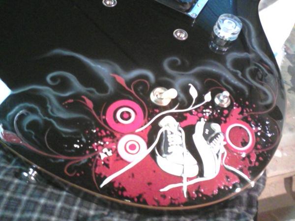 markus-guitar-closeup