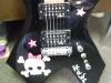 skull-guitar